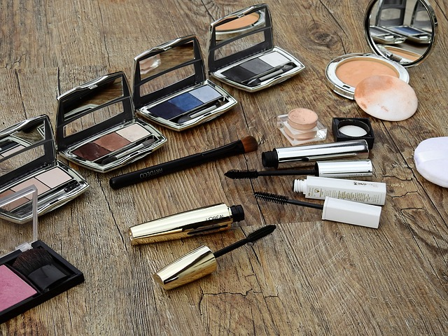 top 5 best natural make up kits,